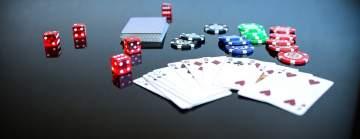 Tärningar, spelkort och spelmarker